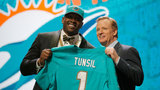 Top-rated Tunsil tumbles in NFL Draft after video of apparent bong hit