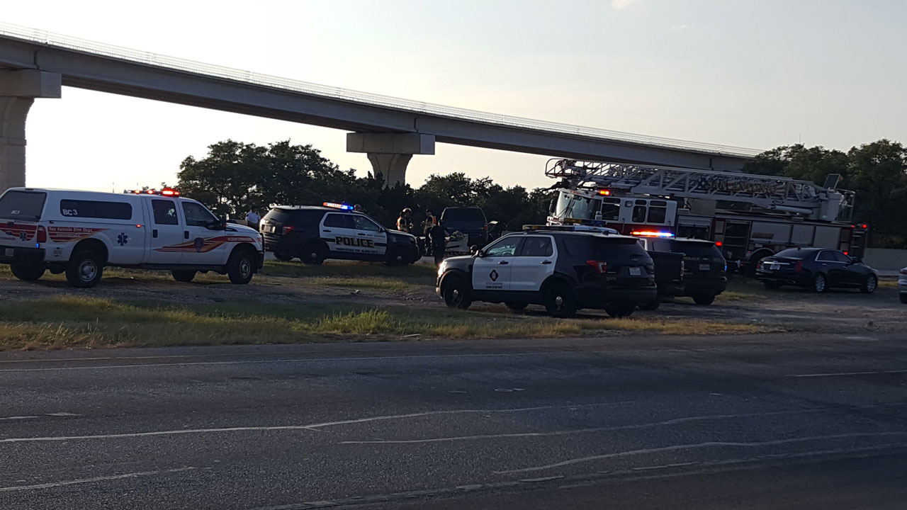 2 elderly people killed in accident at Highway 151, Loop 1604