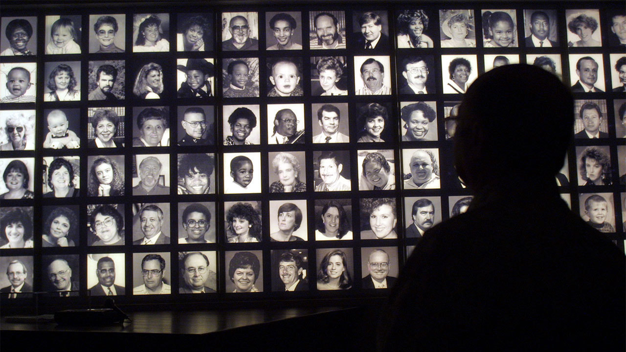 oklahoma city bombing On this date in 1995, the alfred p murrah building in downtown oklahoma city was bombed by timothy mcveigh killing 168 people.