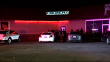 Fight outside Northwest Side bar leaves 2 hurt