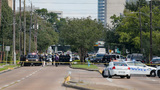 Houston gunman had 2 weapons, thousands of rounds at scene