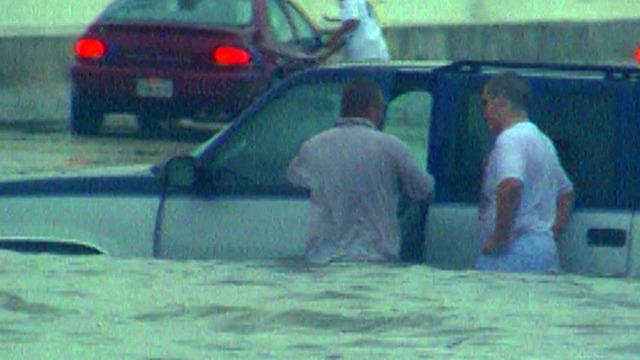 flood of 1998 still 2