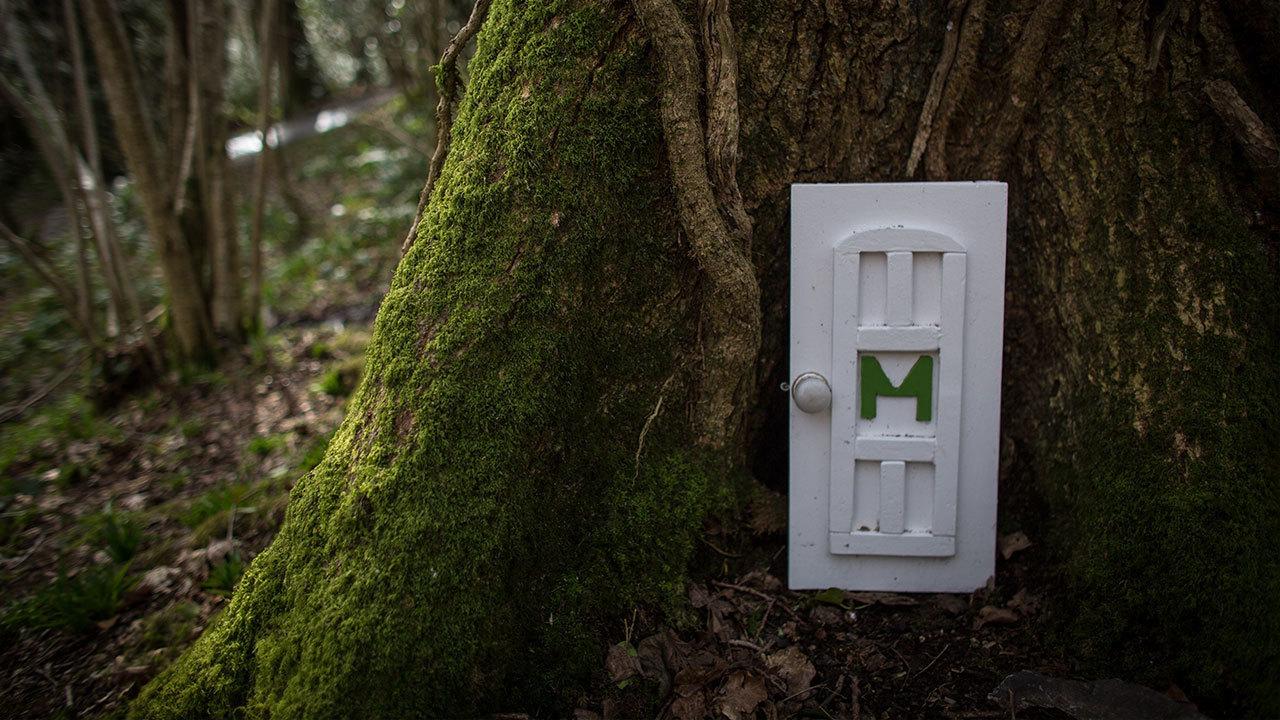 Slideshow hidden fairy doors for Secret fairy doors by blingderella