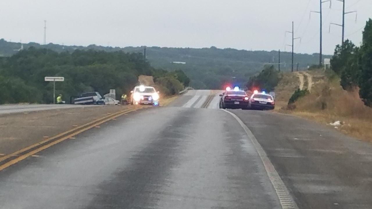 Pedestrian Injured In 4 Vehicle Crash Near Canyon Lake