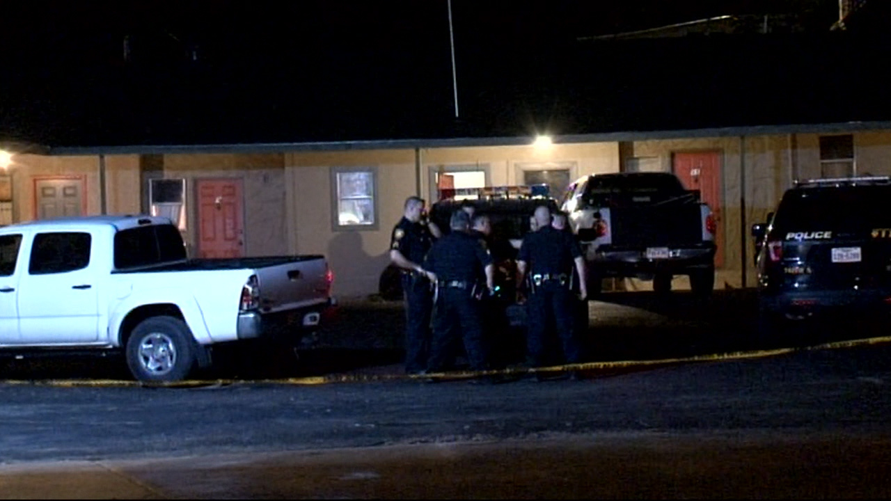 Man robbed, shot at South Side motel