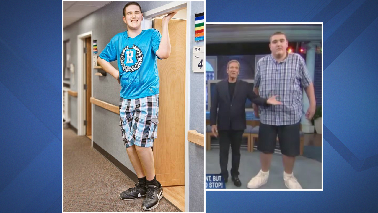 World S Tallest Teen From Michigan Stands 7 Foot 8 And