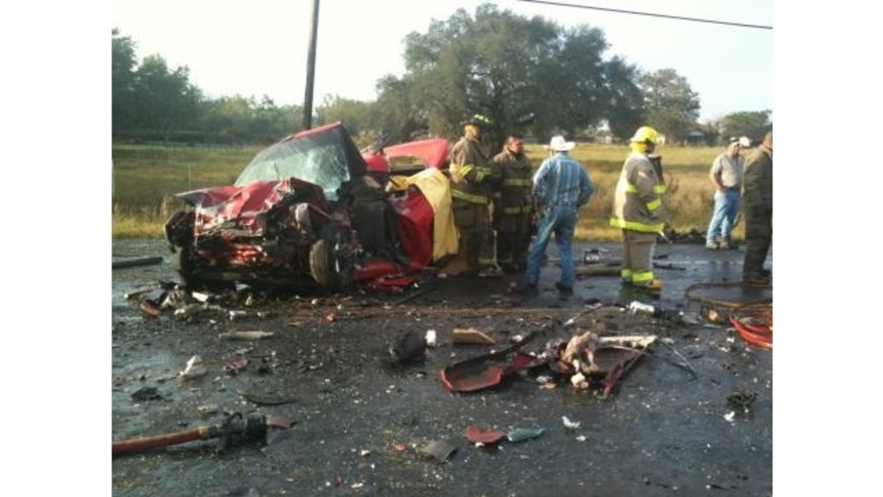 2 Dead 1 Injured In Atascosa Wreck