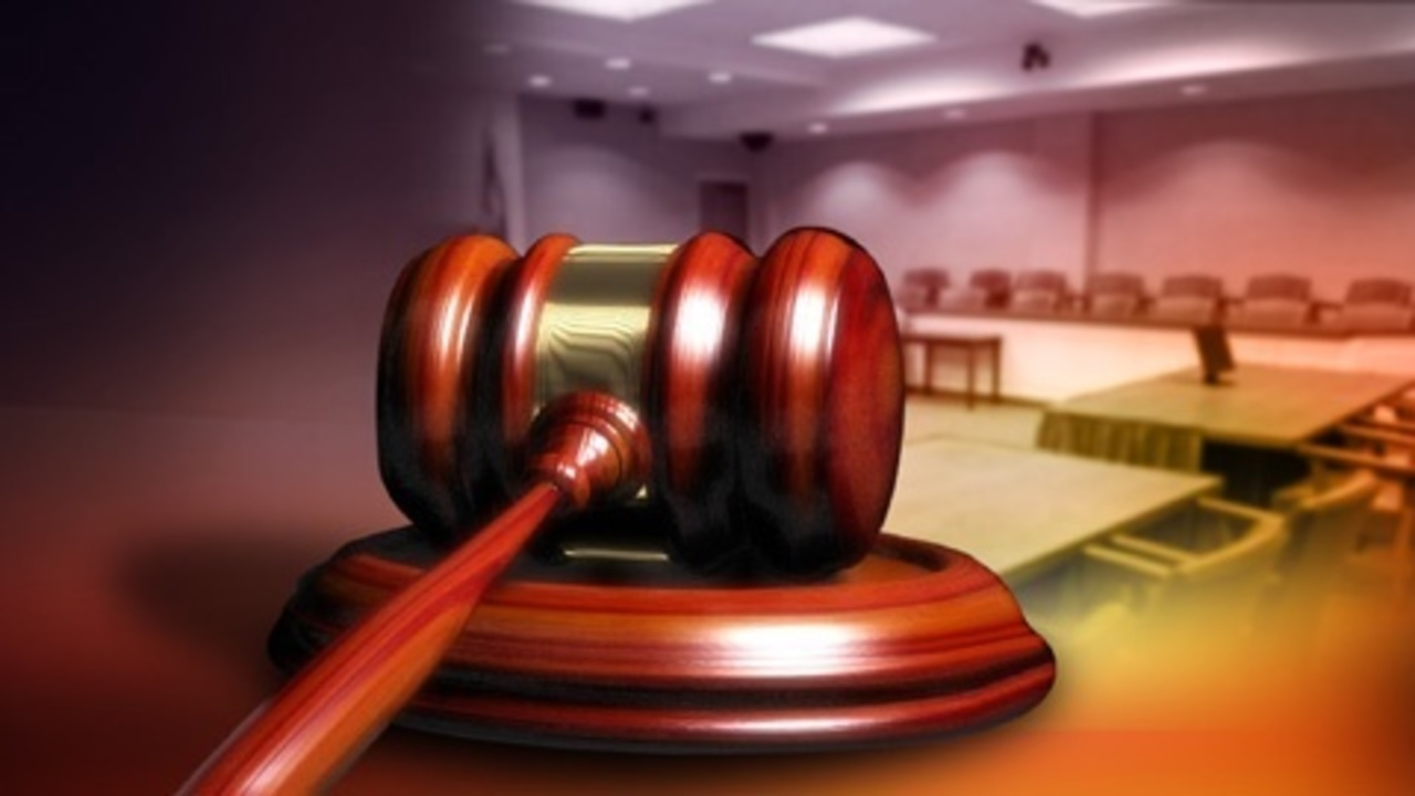 Detroit resident, former federal agent pleads guilty to bribery and fraud