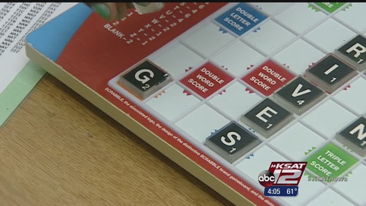 Rogers Middle School uses Scrabble as teaching tool