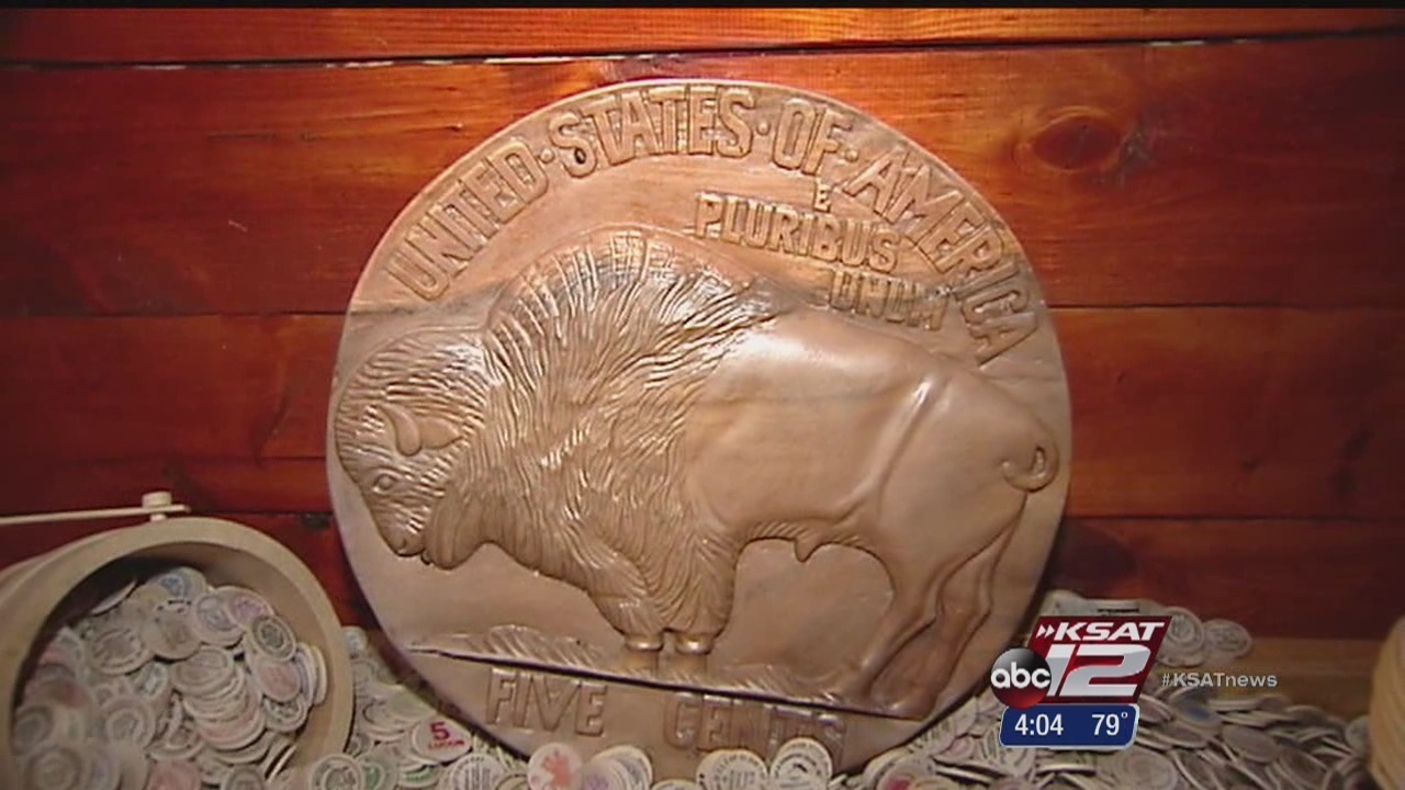 World's largest wooden nickel located in San Antonio