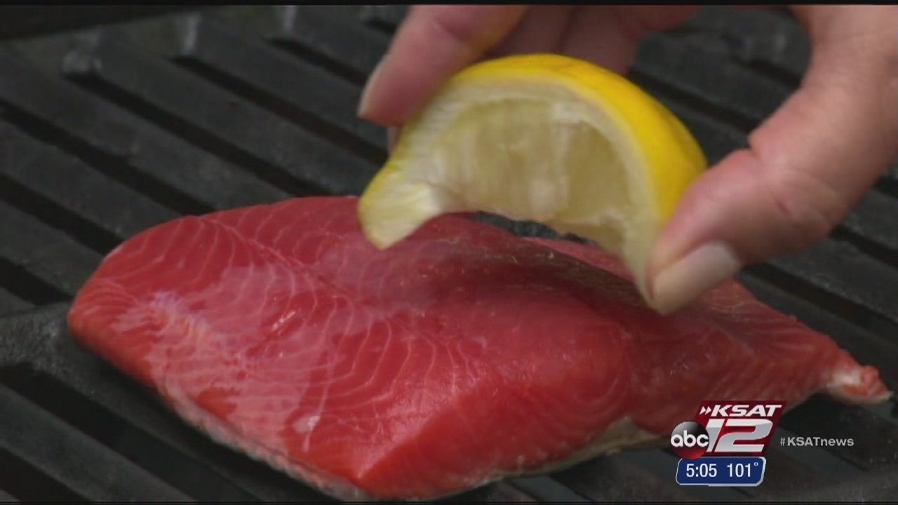 Consumer reports warns pregnant women to avoid tuna for Fish to avoid in pregnancy
