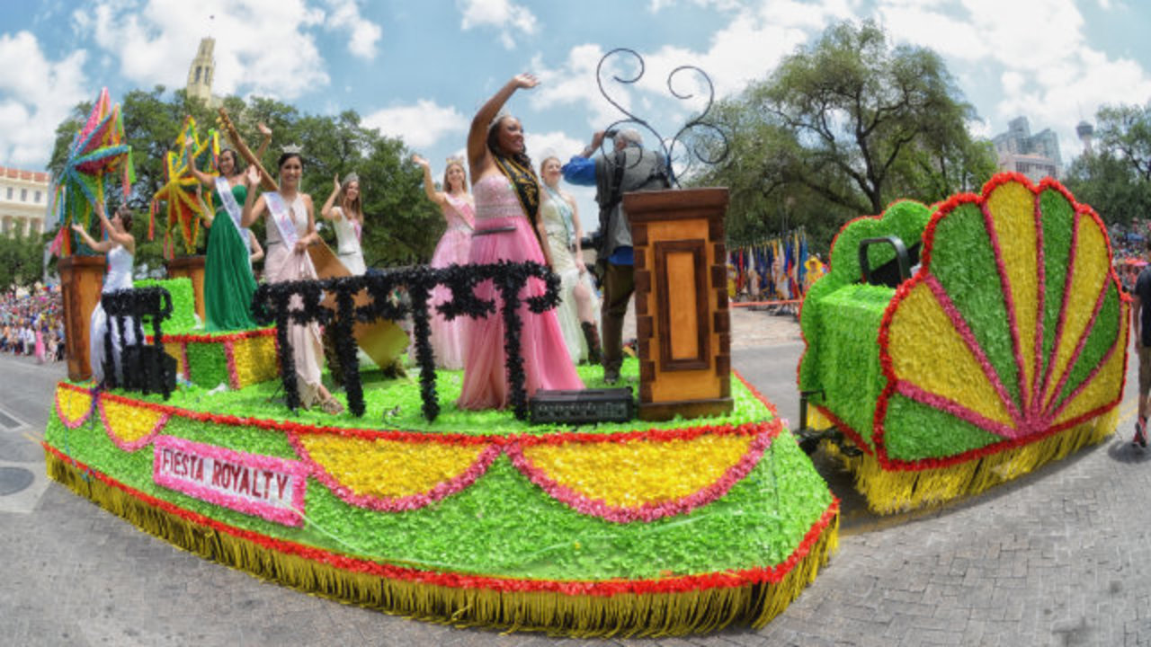 Fiesta 2015 to include new royalty float after theft