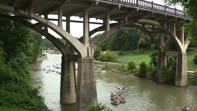Invasive parasite affecting San Marcos, Comal rivers