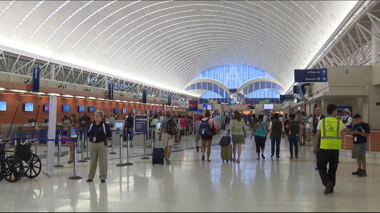 Number of passengers at SAT increases for 7th straight year