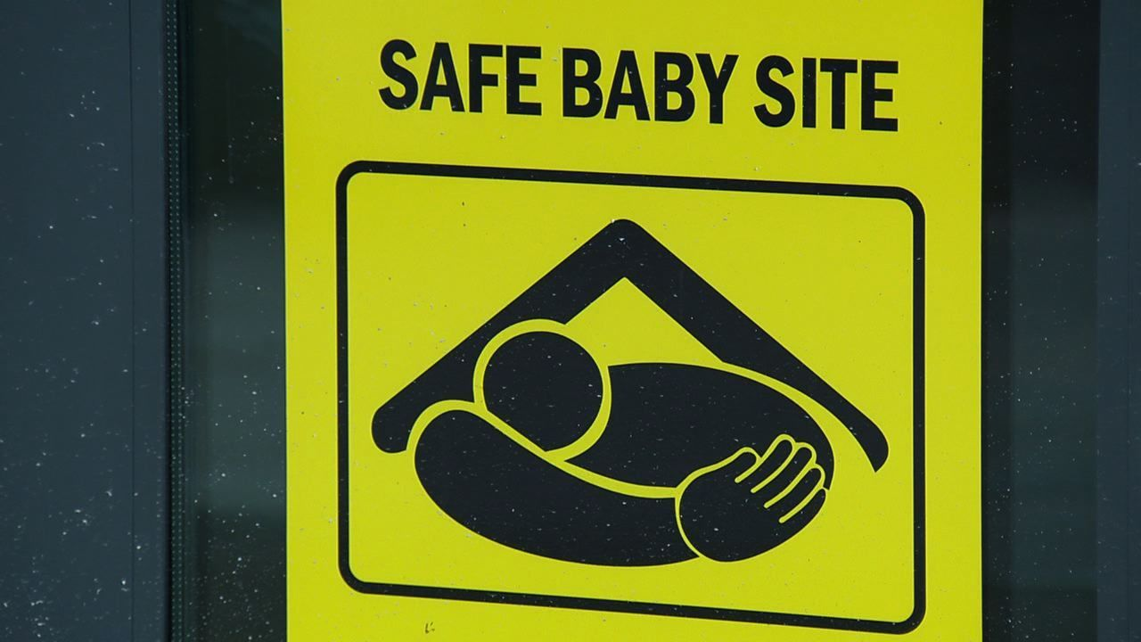 baby safe haven The safe haven act of massachusetts (2004) allows a parent to legally surrender newborn infants 7 days old or younger at a hospital, police station, or manned fire station without facing criminal prosecution the safe haven act is an amendment to chapter 119 of the massachusetts general laws .
