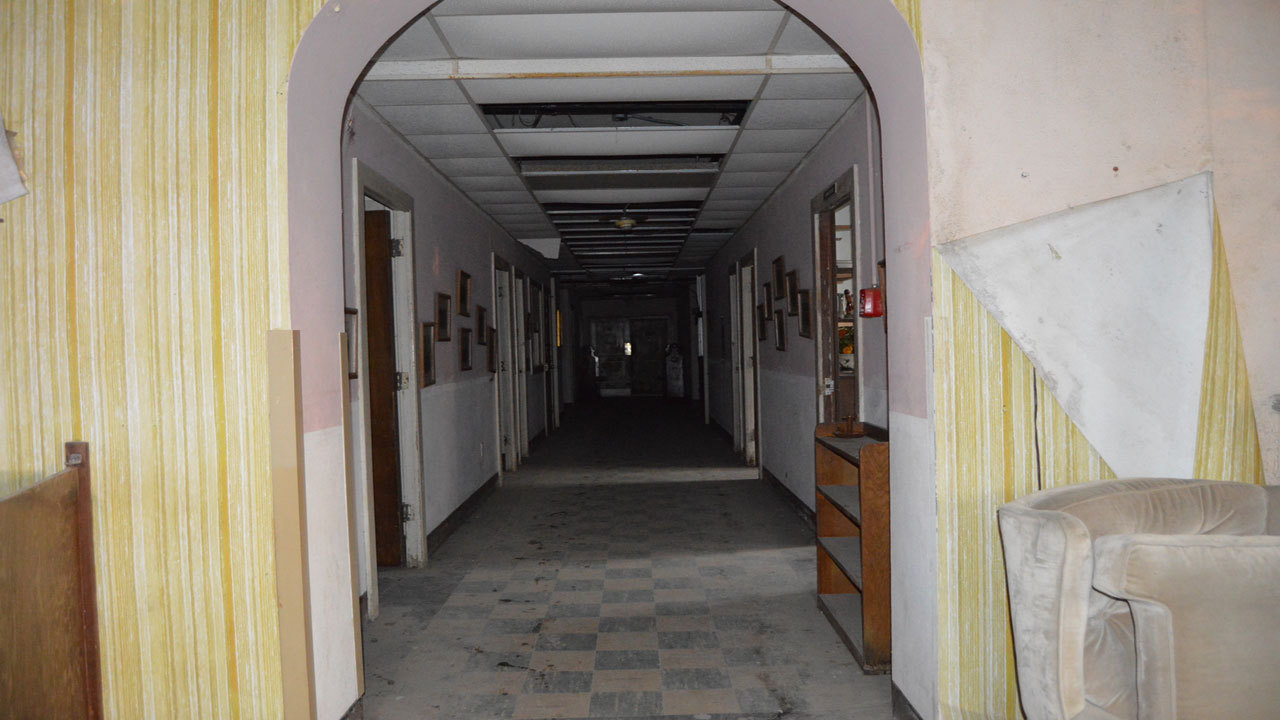 Is Abandoned South Texas Hospital Really Empty