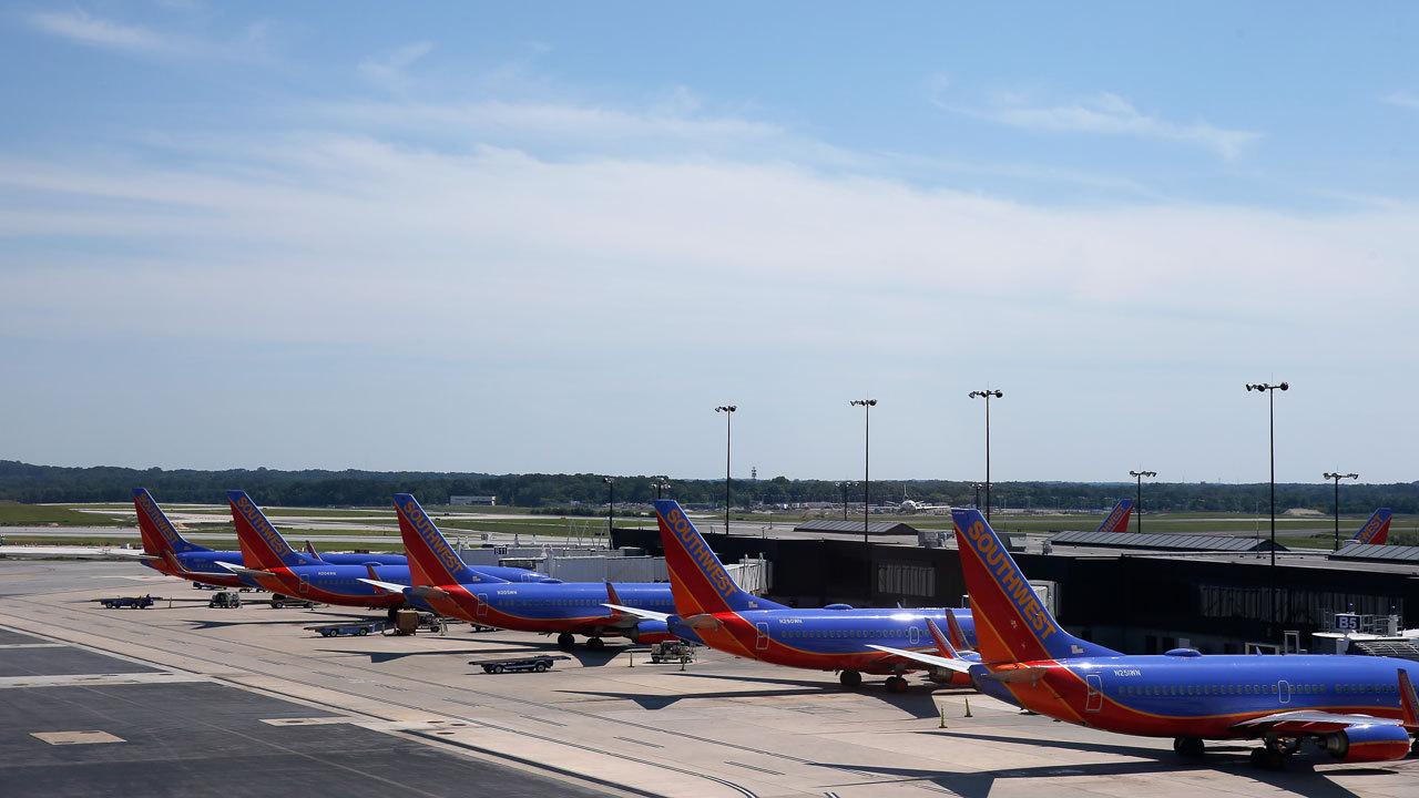Lightning Strikes Southwest Airlines Plane Ramp Worker