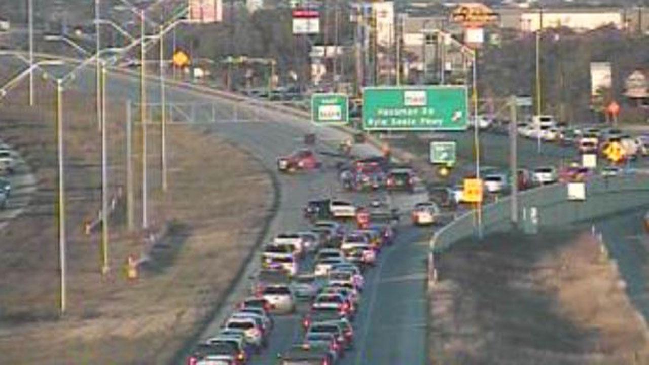 2 Car Accident Kills Driver In Nw San Antonio