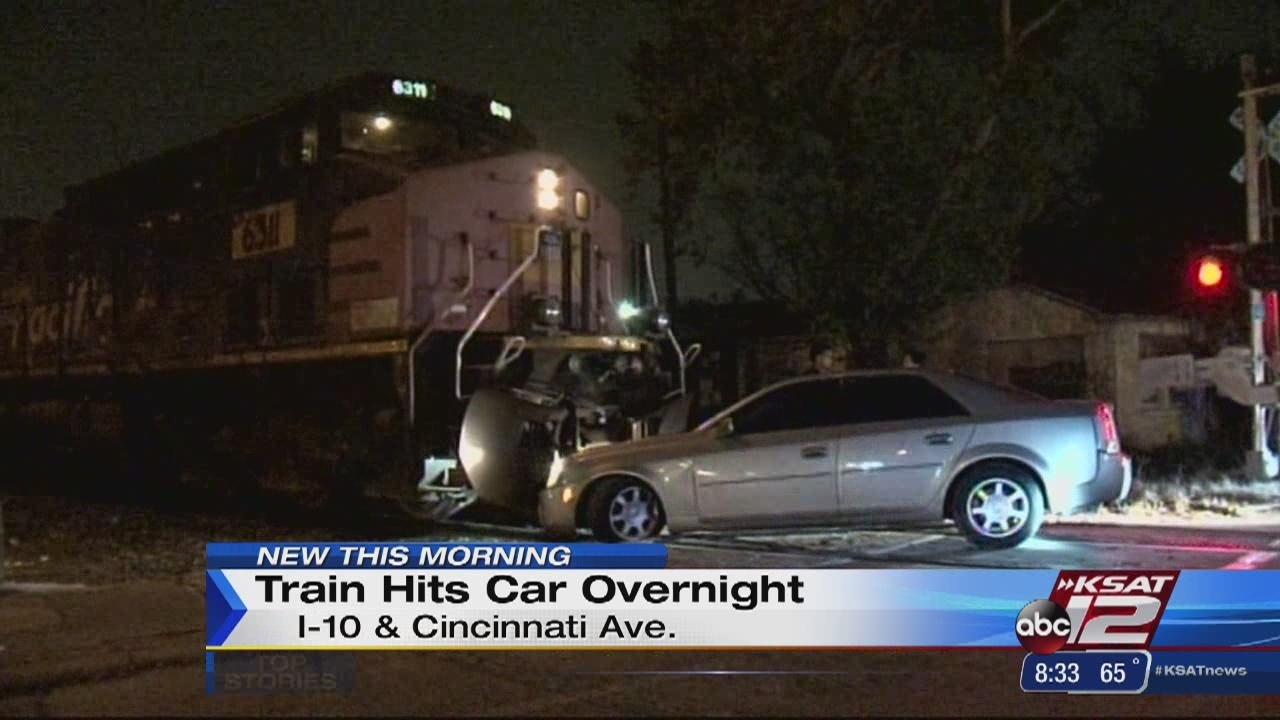 Man Gets Hit By Car In San Antonio