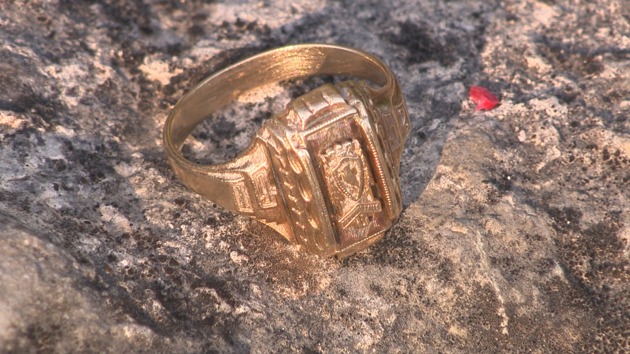 Man Finds Woman S Class Ring After It Was Lost For 50 Years