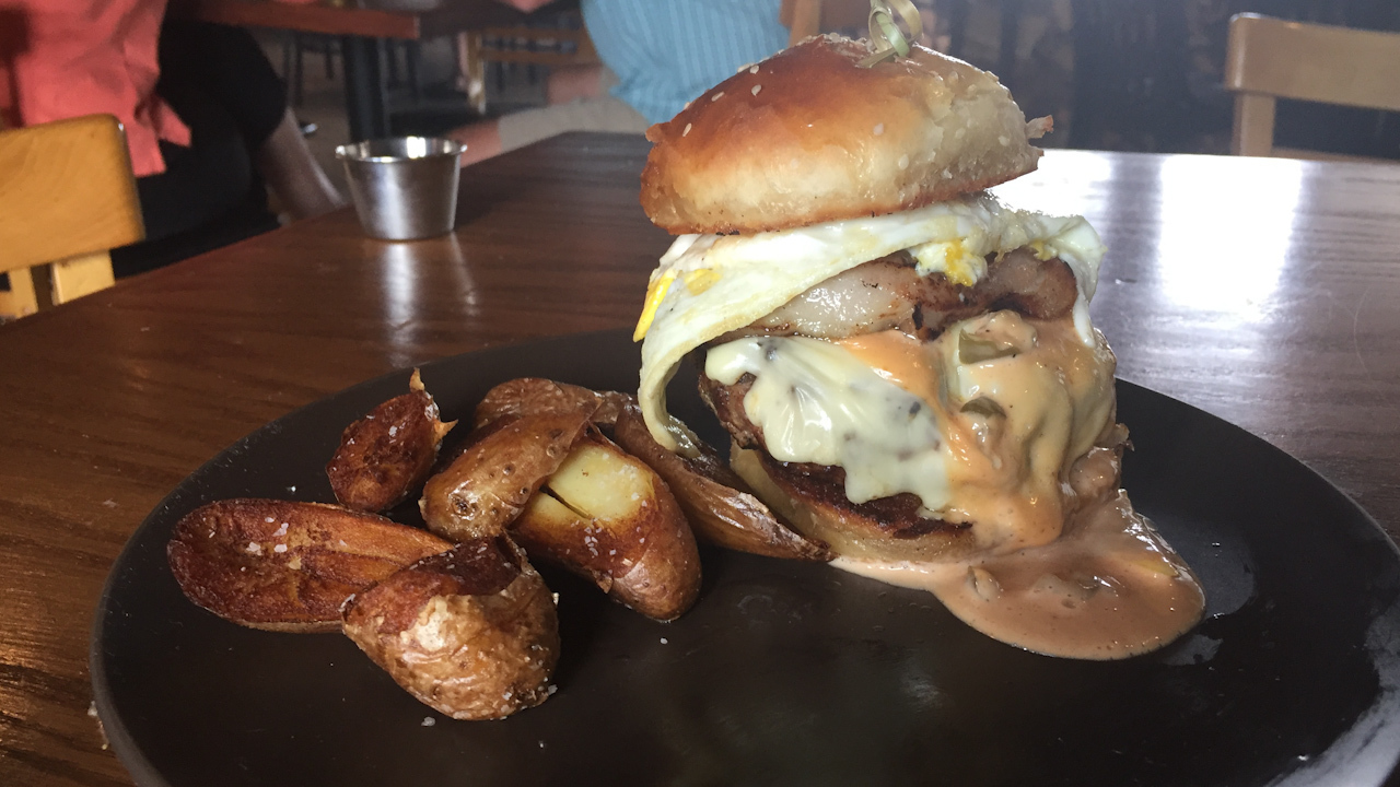 Magazine Lists San Antonio Burger As Best In Texas
