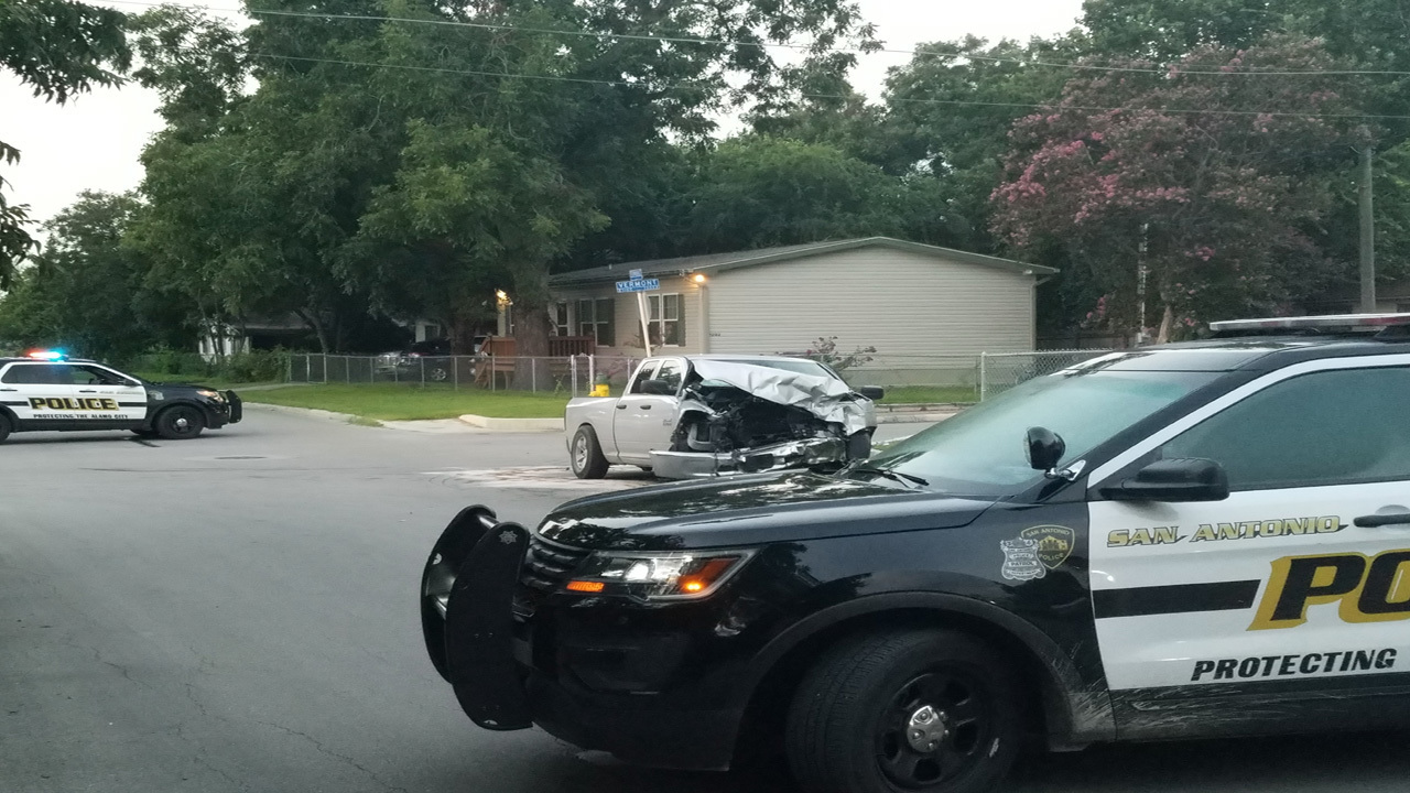 Man Crashes Repeatedly Into Police Car