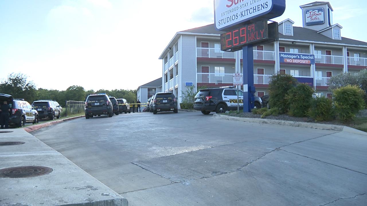 Man shot multiple times, killed at Northwest Side motel