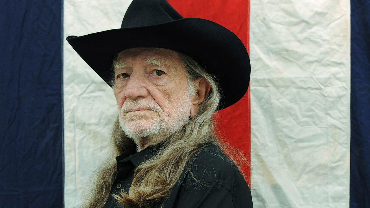 Willie Nelson Headlines Quot Rebuild Texas Quot Concert