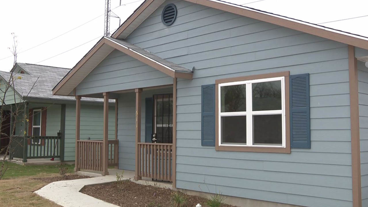 Habitat for humanity completes construction on final home - House habitat ...