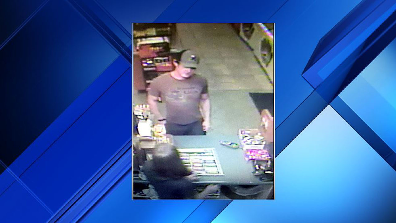 cibolo police searching for man accused of identity theft