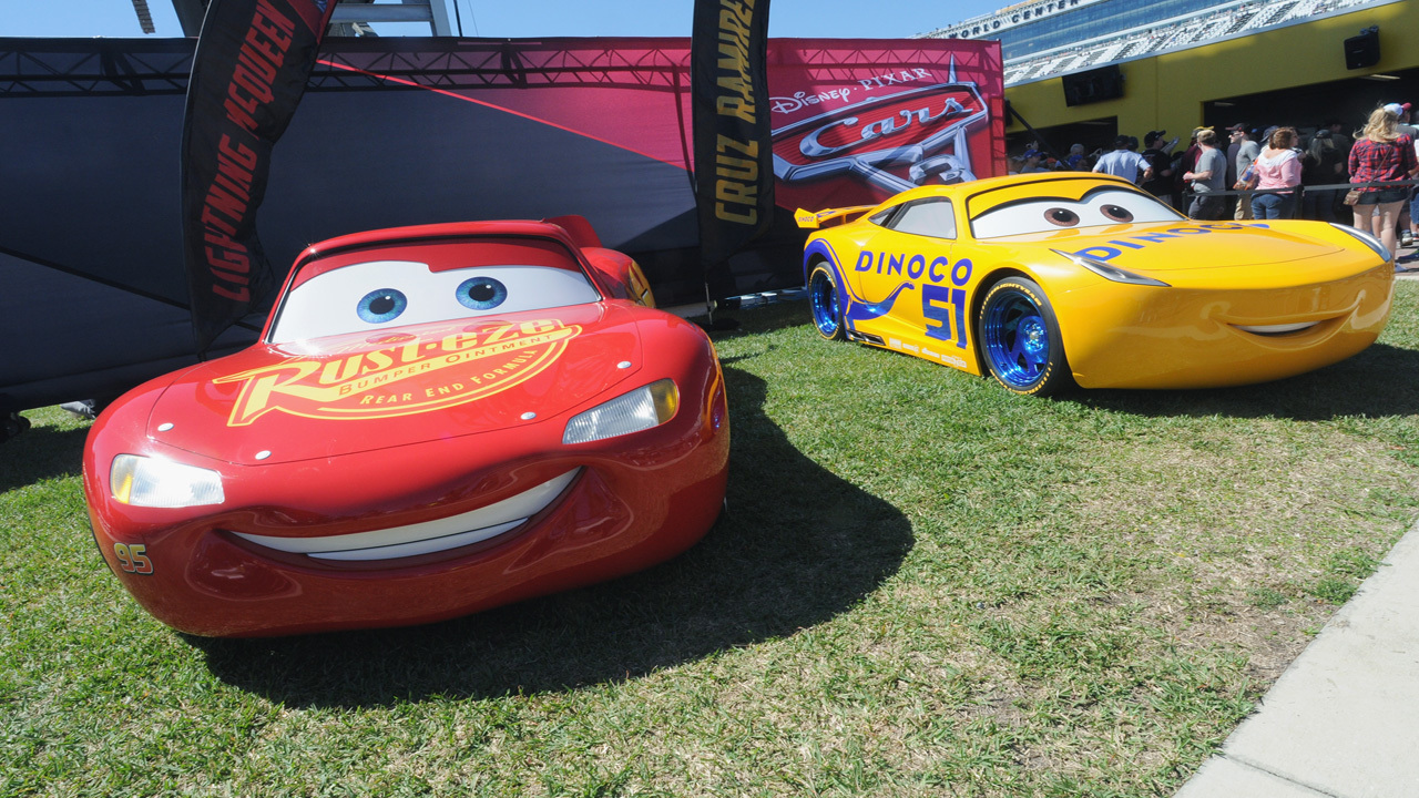Cars 3 Characters Rev Up For Cross Country Tour