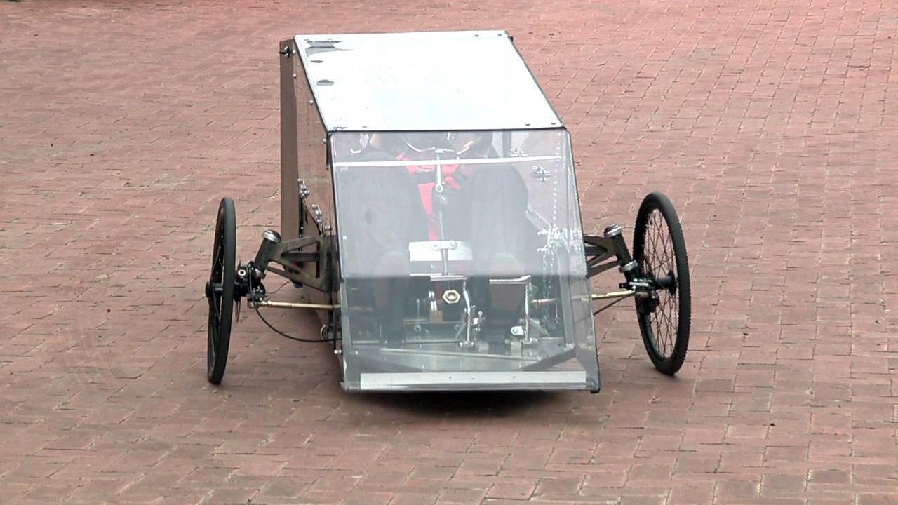 car running solely on hydrogen built by san antonio college. Black Bedroom Furniture Sets. Home Design Ideas