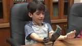 Boy receives functioning 3D printed prosthetic hand built at UT Health&hellip&#x3b;