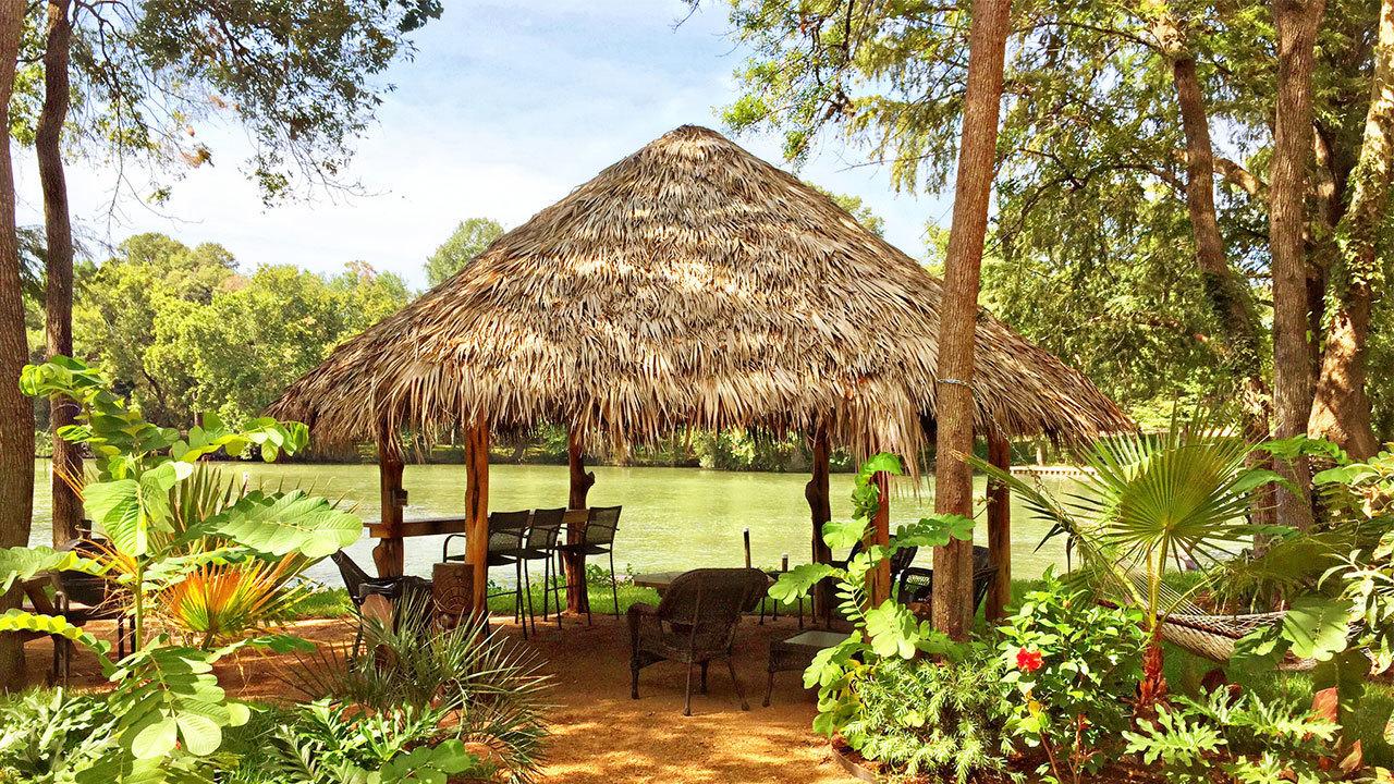 Dunk Island Holidays: This Island Paradise Is Just 30 Minutes Outside San Antonio