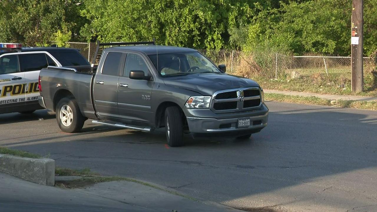 Man hit, killed by truck on Southwest Side