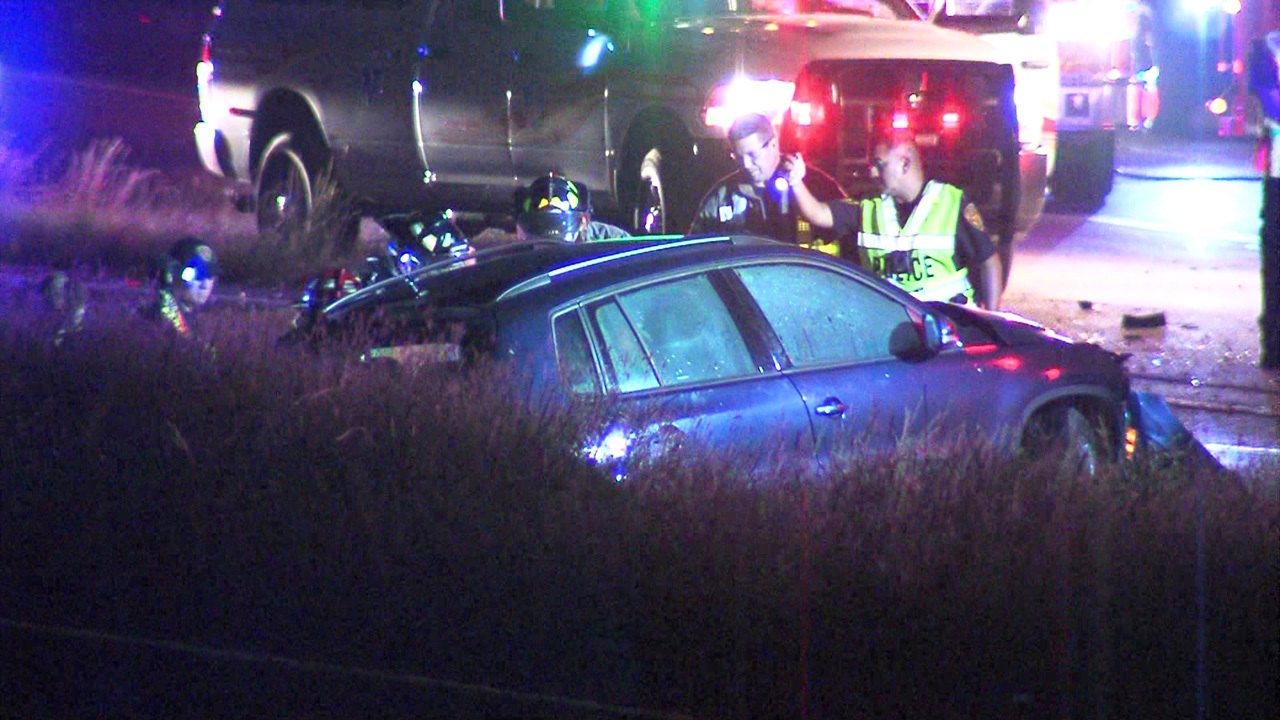 Loop 1604 at Bulverde reopens after head-on crash involving