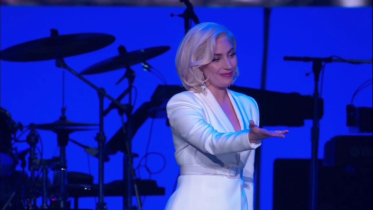 SA turns out for One America Appeal; Lady Gaga, Lyle Lovett rock presidential concert