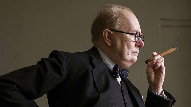 Gary Oldman in 'Darkest Hour' (photo -- Focus Features)_1512573824270.jpg01477675