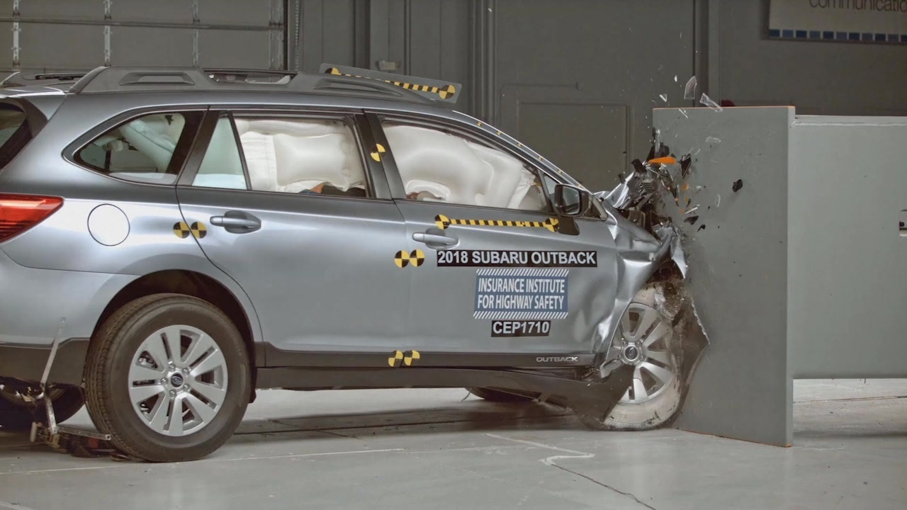 Iihs Safety Ratings >> 15 Vehicles Earn Highest Safety Rating From Iihs