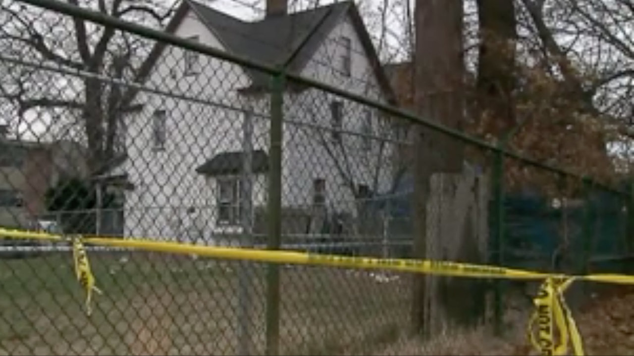 Video Police Find Human Remains In Backyard After Disturbing Tip