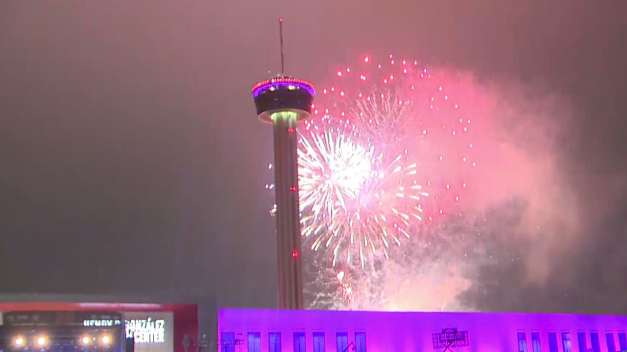 Ksat 12 Hosts Gigantic Nye Celebration At Hemisfair Park