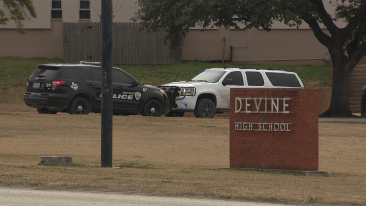 Counselors on hand at Devine HS following student's self-harm attempt, superintendent says