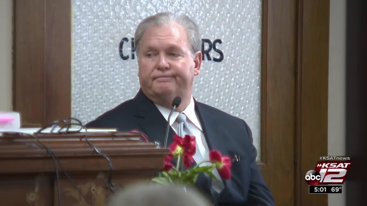 Video: Funeral home owner testifies in missing body trial