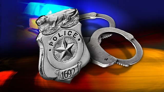 Man arrested after leading police on chase through New Braunfels, crashing