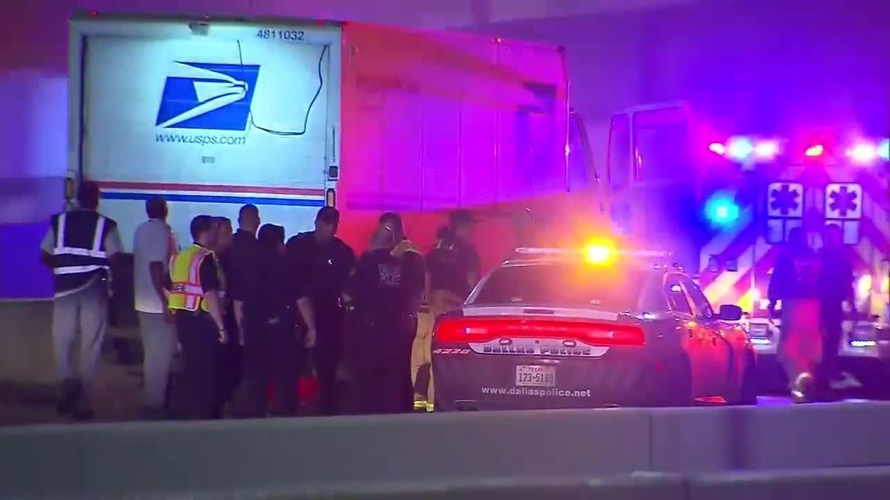 Usps Worker Found Fatally Shot In Mail Truck In Dallas