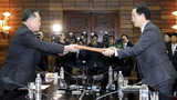 Rival Koreas' leaders face high stakes at historic summit