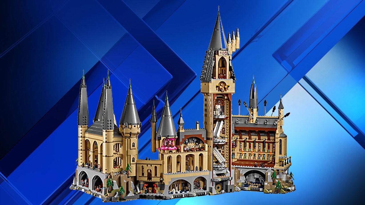 lego introduces massive harry potter hogwarts castle set. Black Bedroom Furniture Sets. Home Design Ideas