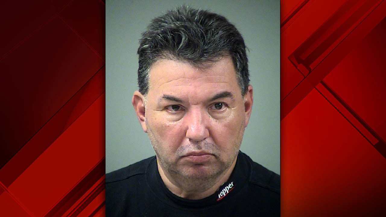 Sapd Man Hired To Stop Employee Theft Steals Over 35k In
