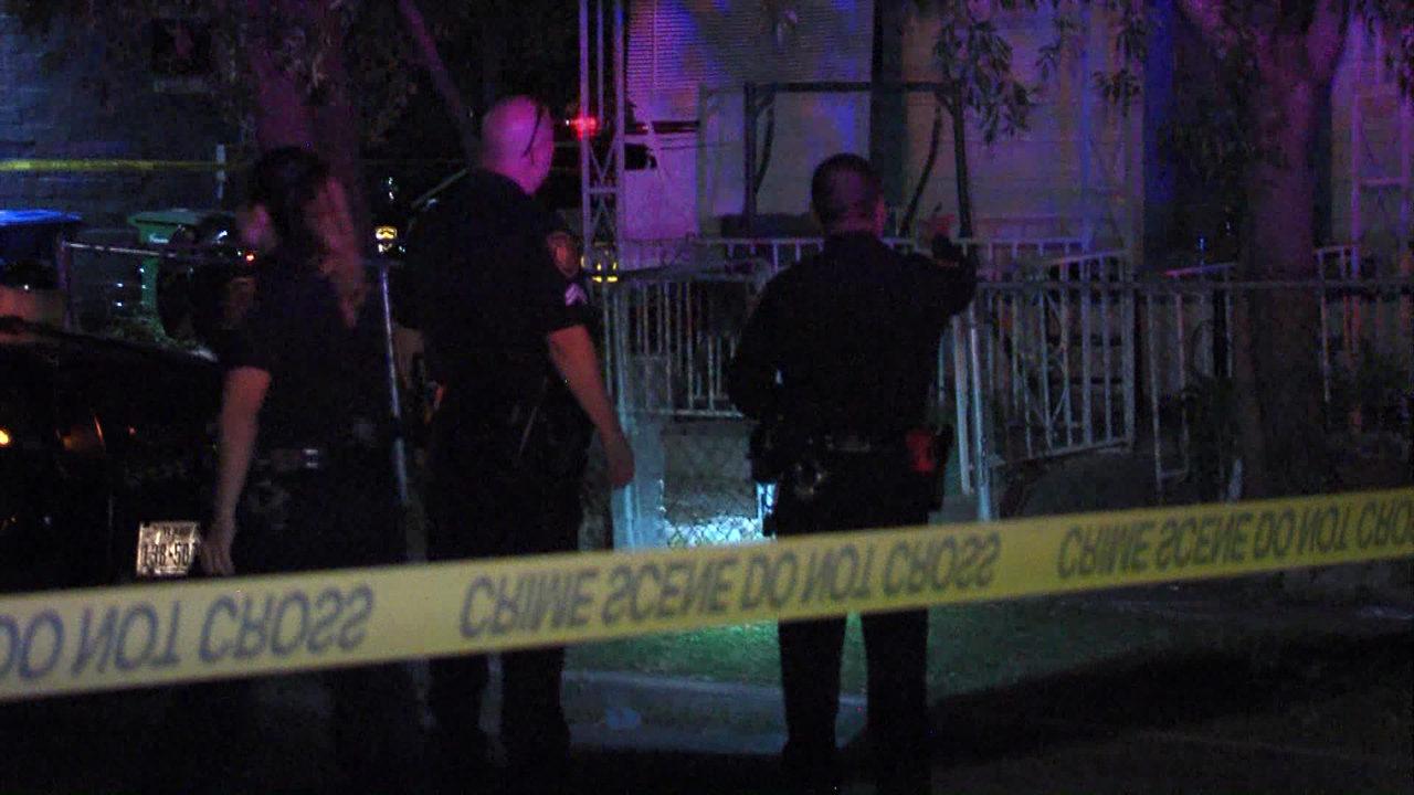 Gunman Fires Shotgun At Group Sitting On Porch Swing 1 Shot