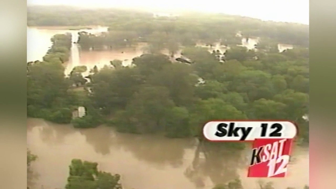 Video thumbnail for KSAT 12 Flood of '98 Sky 12 Helicopter Video
